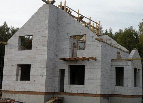 Проекты загородного дома из газобетона в 1,5 этажа