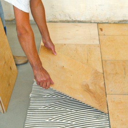 Процесс поклейки древесно-слоистых плит не представляет собой ничего сложного