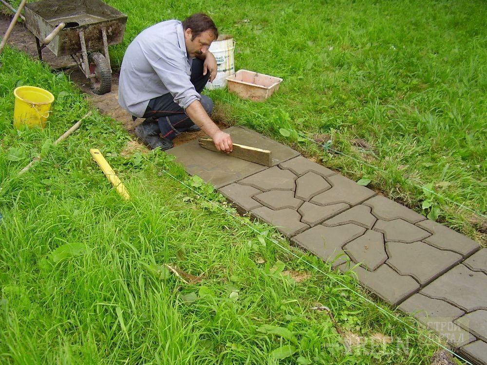 Как залить дорожки на даче цементом своими руками инструкция