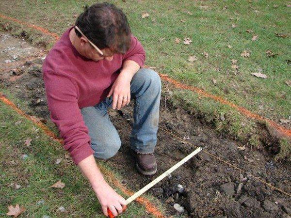 Разметка и удаление верхнего слоя почвы