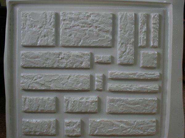 Резиновая форма для искусственного камня из бетона.