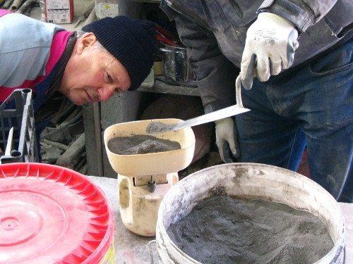 Самостоятельное приготовление бетона не всегда оправданно