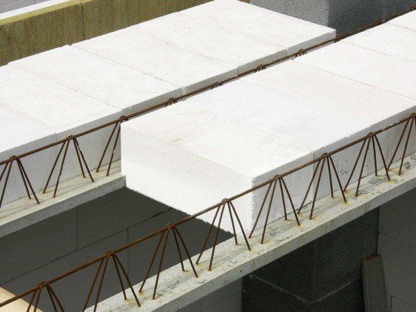 Сборно-монолитная железобетонная балка 18 м