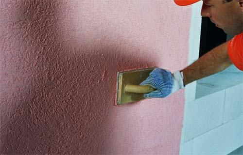 Штукатурку можно наносить прямо на стену.