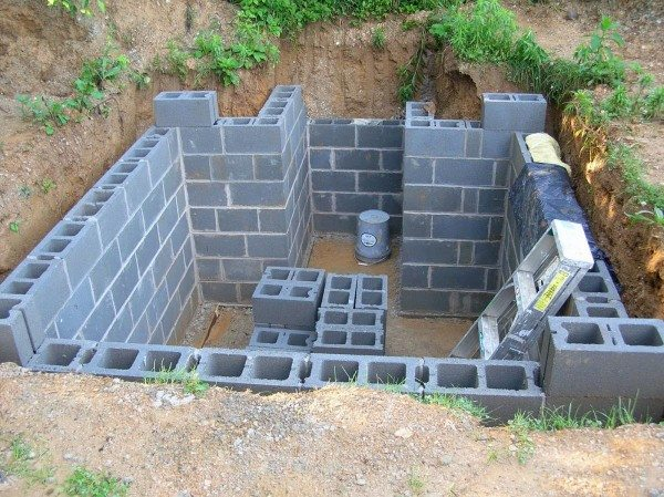 Строительство погреба из керамзитобетонных блоков