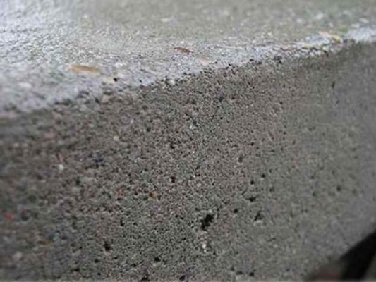 Структура поверхности бетонного камня марки М250.