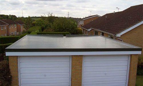 Такие сооружения позволяют спокойно ходить по крыше. В некоторых случаях это очень важно