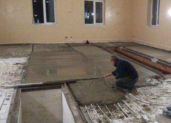 Теплый бетонный пол в доме из газобетона