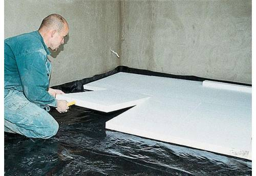 Укладывание теплоизоляционного покрытия