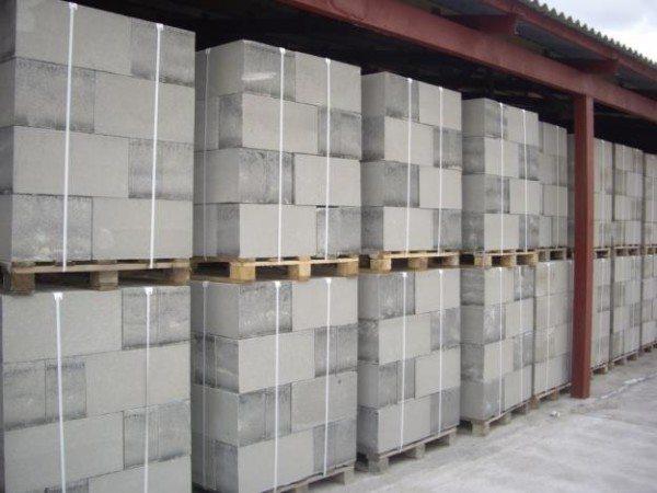 Упаковка и хранение газоблоков