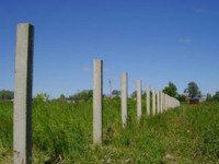 Установка столбов на участке