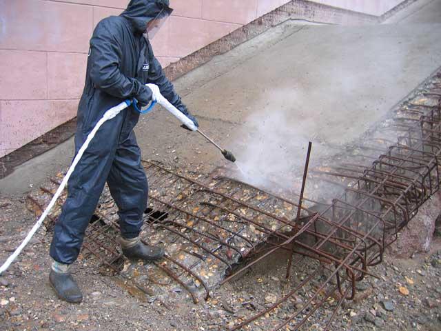 Очистка от бетона своими руками
