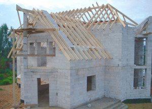 Вариант изготовления облегченной крыши для домов данного типа