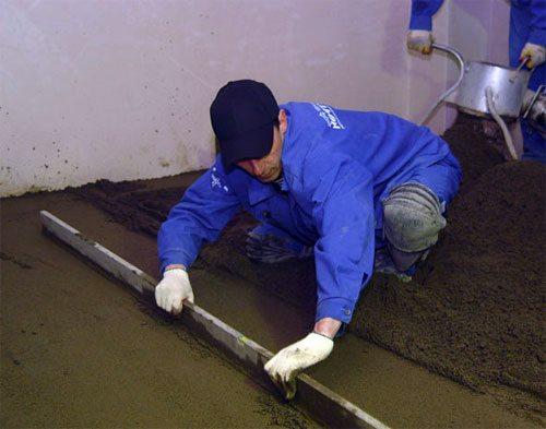 Вот так обустраивается бетонный пол в баню своими руками