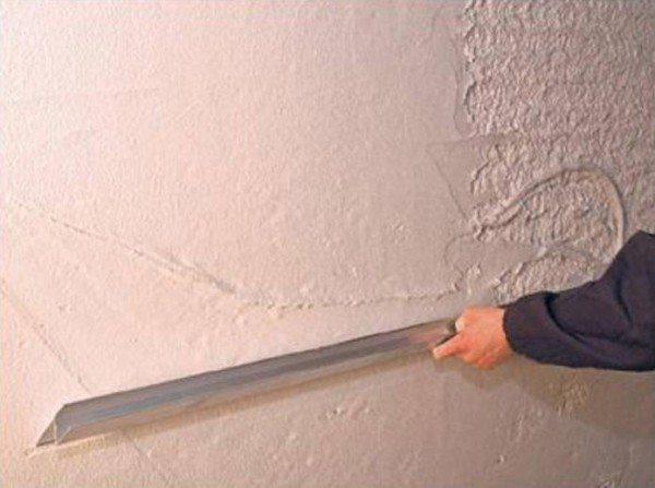 Выравнивание бетона штукатурной смесью
