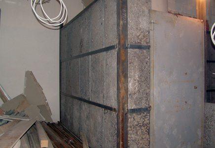 Высокопрочный бетон и массивное армирование – непременные атрибуты банковских хранилищ