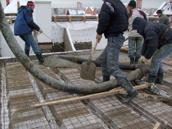 Заливка бетона в холодное время