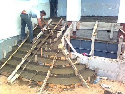 Заливка бетонного крыльца.