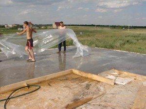 Защитите бетон от преждевременного пересыхания