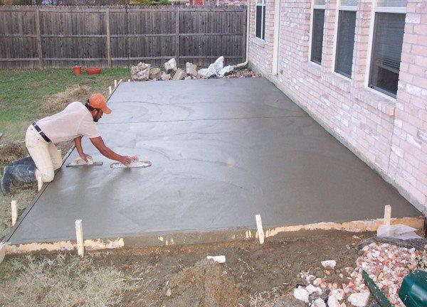 Железнение делает поверхность бетона более прочной и водостойкой.