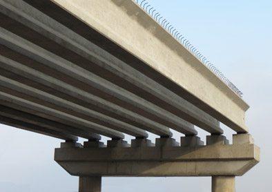 Железобетонные балки пролетного строения – надежная основа для любого моста